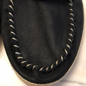UGG Shoes - UGG Size 10 black slippers/loafers